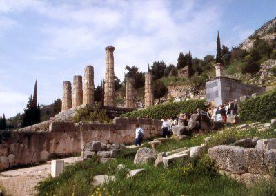 Apollo Tempel mit Menschen